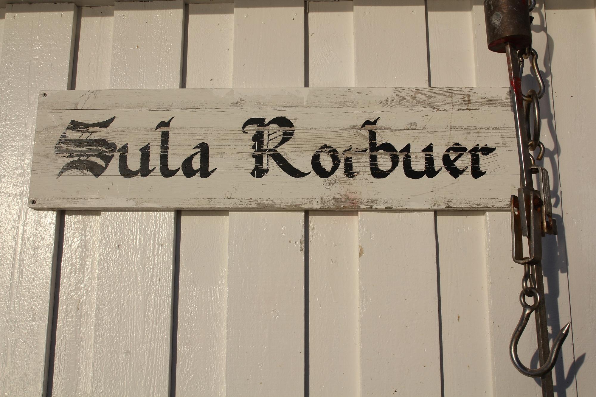Wir waren in der Anlage Sula Rorbuer untergekommen
