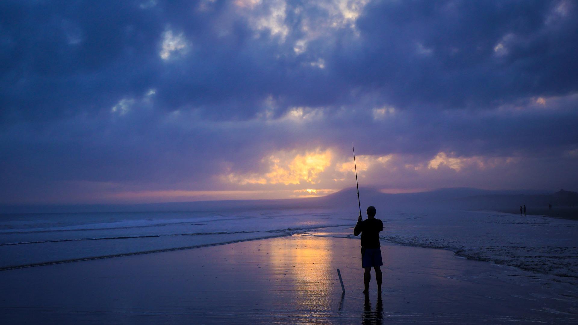 fisherman-1149682_1920.jpg